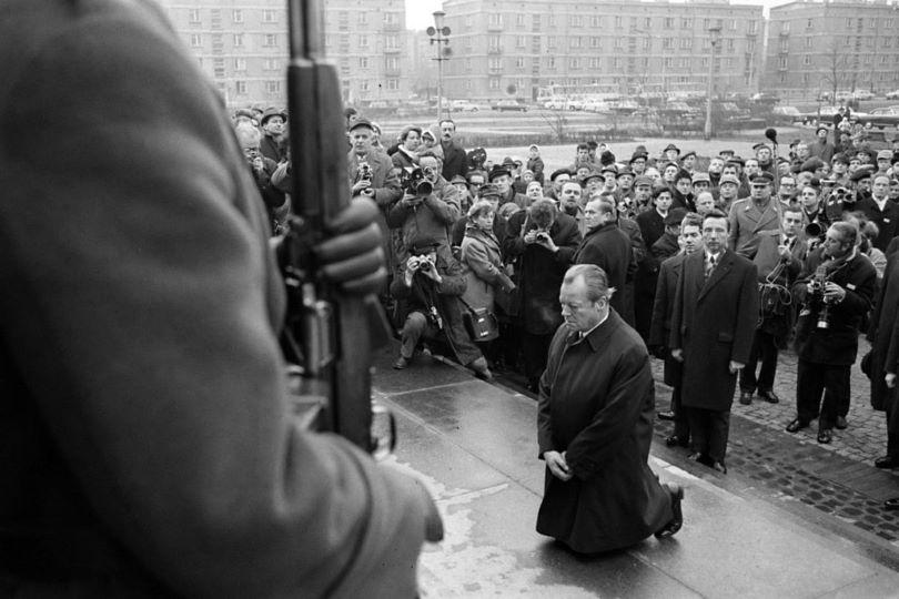 독일 총리 빌리 브란트(Willy Brandt)의 사과
